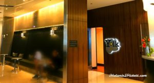 Hotel Chicago lobby in Chicago